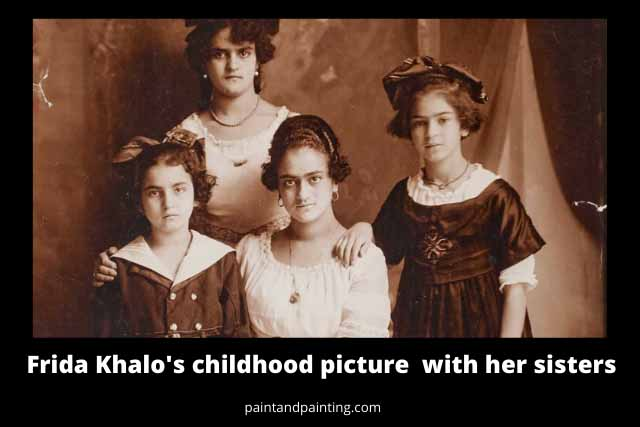Frida Khalo and her three sisters in one frame.